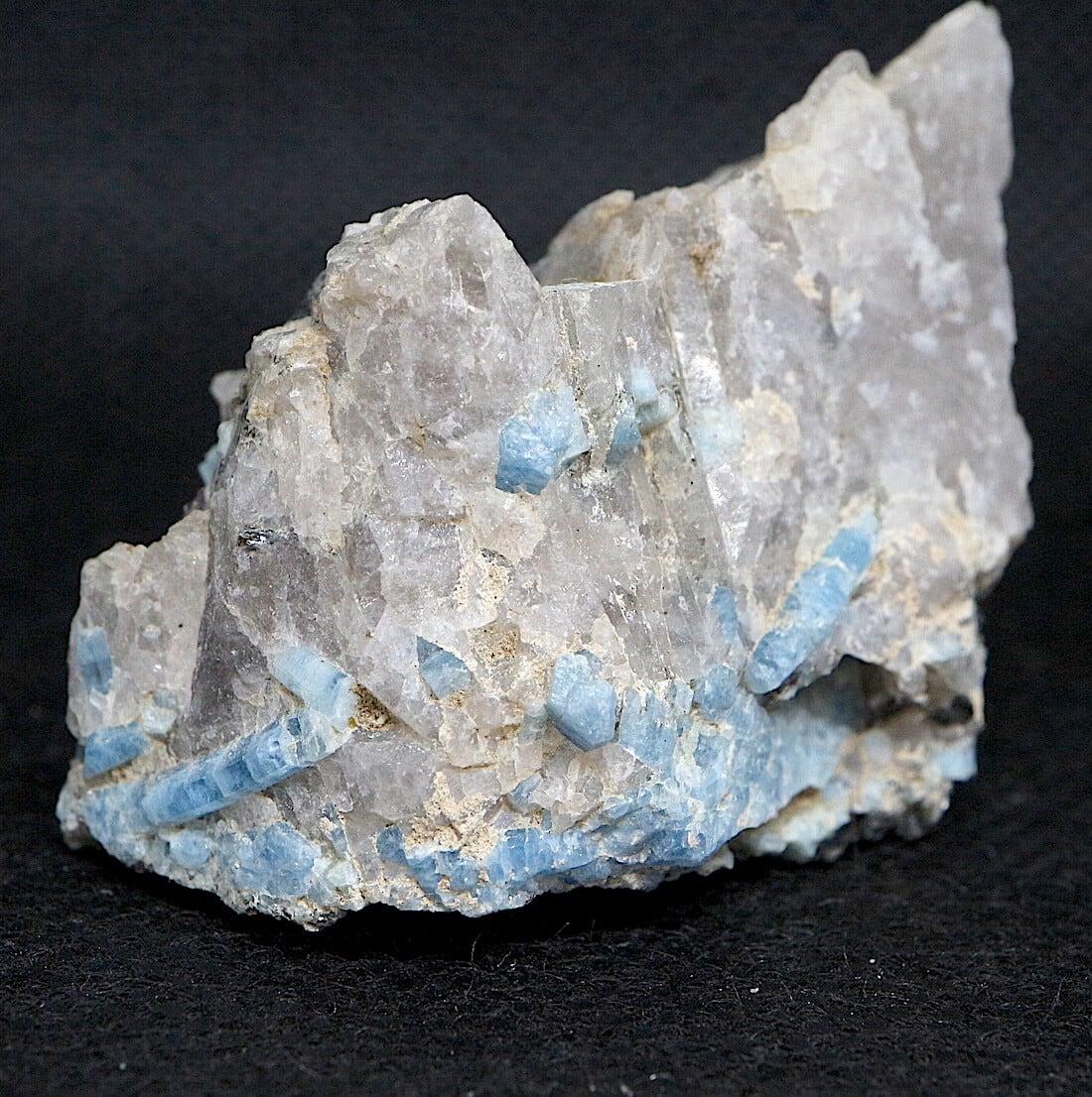 ブルーベリルアクアマリン カリフォルニア産  47g 原石 AQ107 鉱物 原石 天然石 パワーストーン