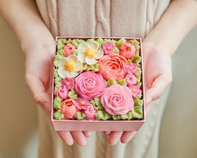 【Peach Pink】食べられるお花のボックスフラワーケーキ
