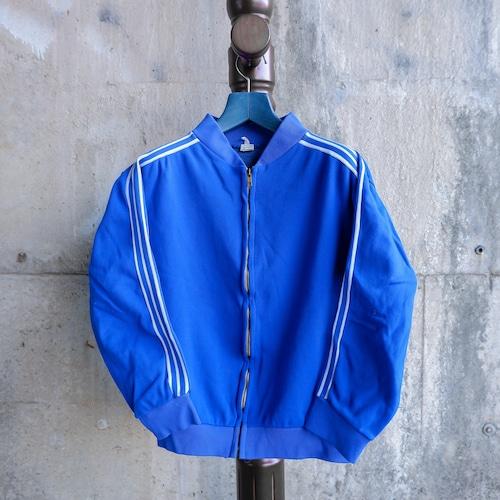 青いトラックジャケット-1