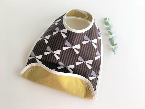布製お食事スタイ 茶色リボン柄・リバーシブル