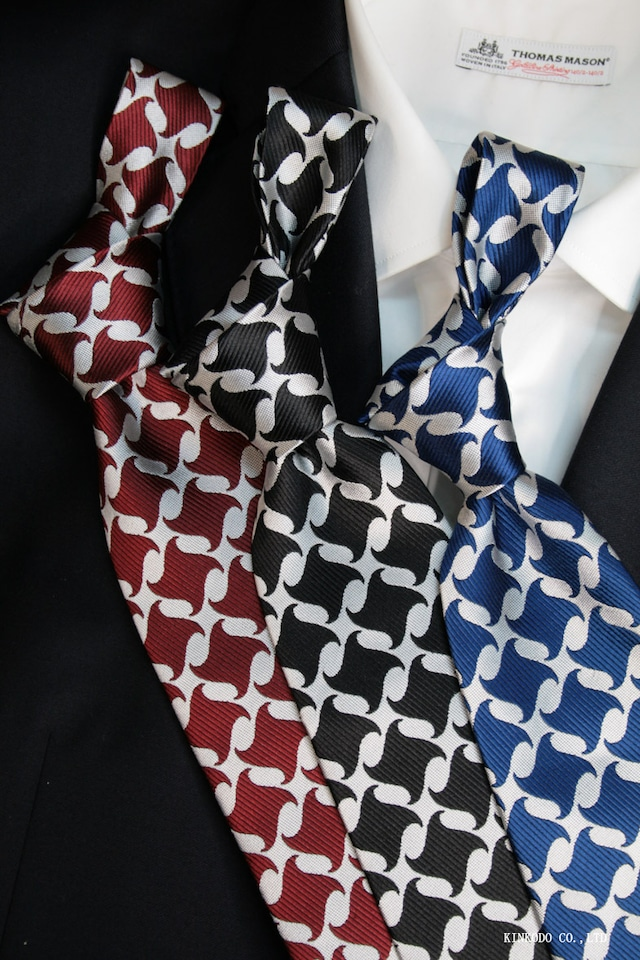 大柄のネクタイ