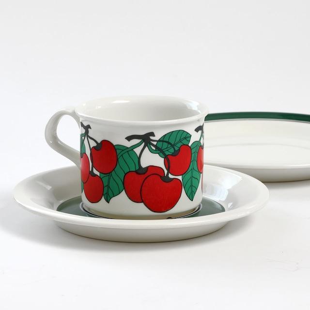 ARABIA アラビア Kirsikka キルシッカ コーヒーカップ&ソーサー、プレート三点セット - 5 北欧ヴィンテージ