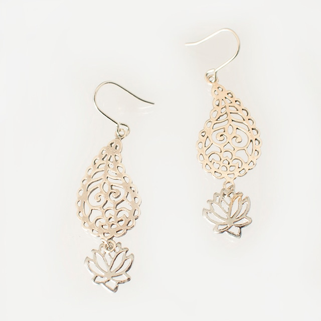ピアス ペイズリー&ロータス Pierced Earrings Paisley&Lotus