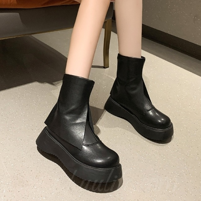 【シューズ】丸トゥ厚底ファッションショート丈ブーツ52450774