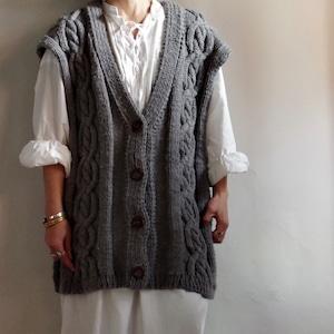 Cable knitting Vest / ケーブル編み ローゲージ ベスト