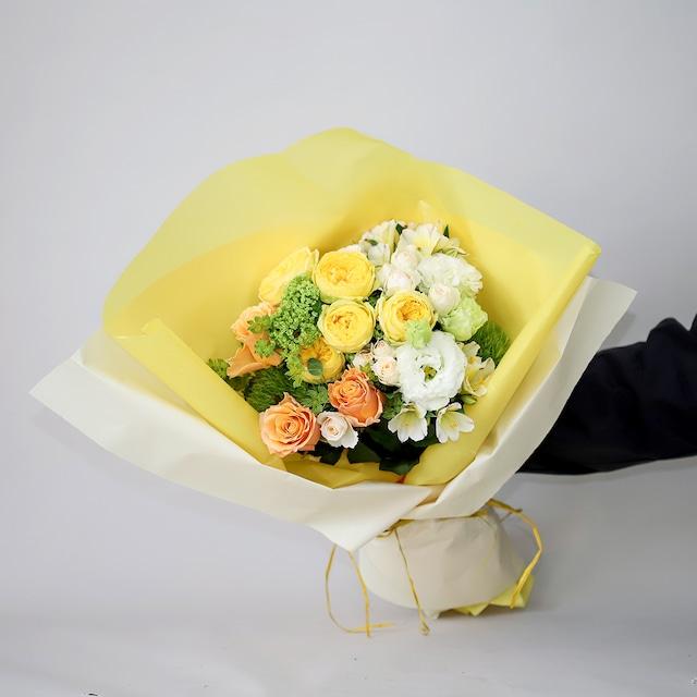 気持ちと季節の花束 - Midium -