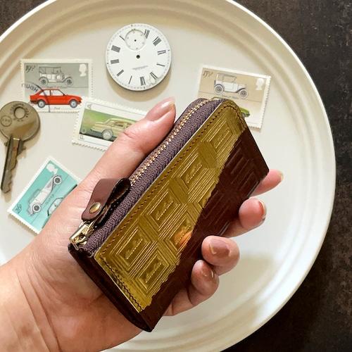 革のチョコ・ファスナー式キーケース スイート(金の包み紙)