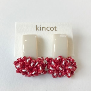 kincot タイニーピアス(ベージュ)