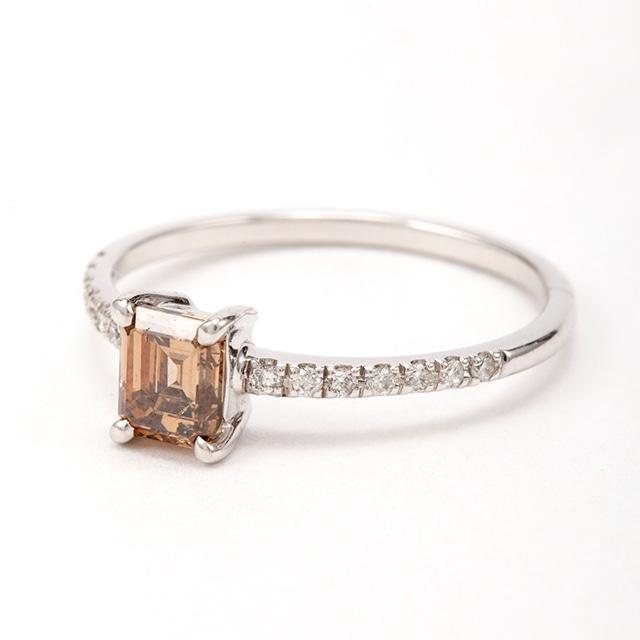 エメラルドカット ブラウンダイヤモンド リング 0.50ct K18ホワイトゴールド   チェカ 鑑別書付