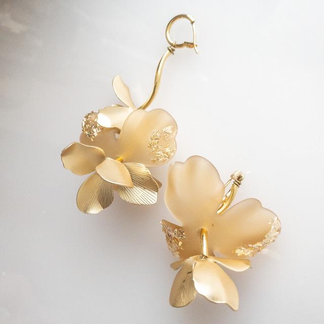 sheer flower gold