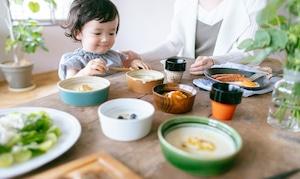 徳島県から 大谷焼の こぼしにくい器/0歳からの伝統ブランドaeru
