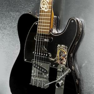 Fender / MIYAVI x TAKAHIROMIYASHITATheSoloist. オリジナルギター