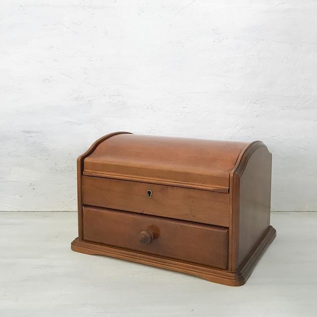 【R-612】カギ穴付き木製ジュエリーボックス