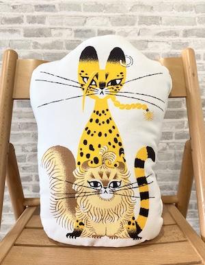 〈東京リベンジャーズ〉マイキー猫&ドラケン猫 クッション (Illustrations by 黒ねこ意匠)