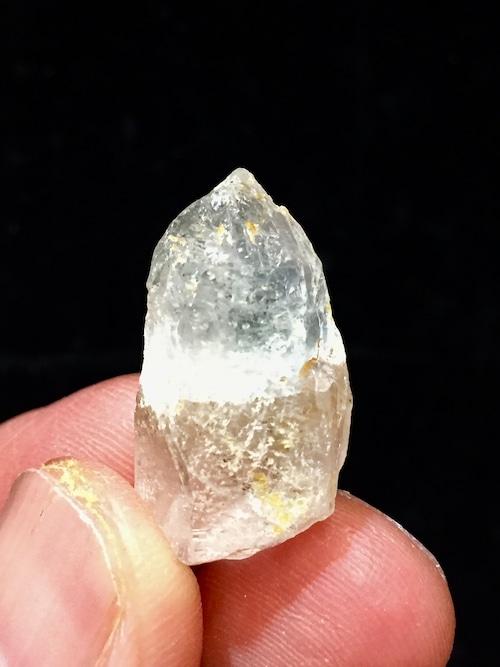 4) 高千穂岩戸水晶(ラフ)