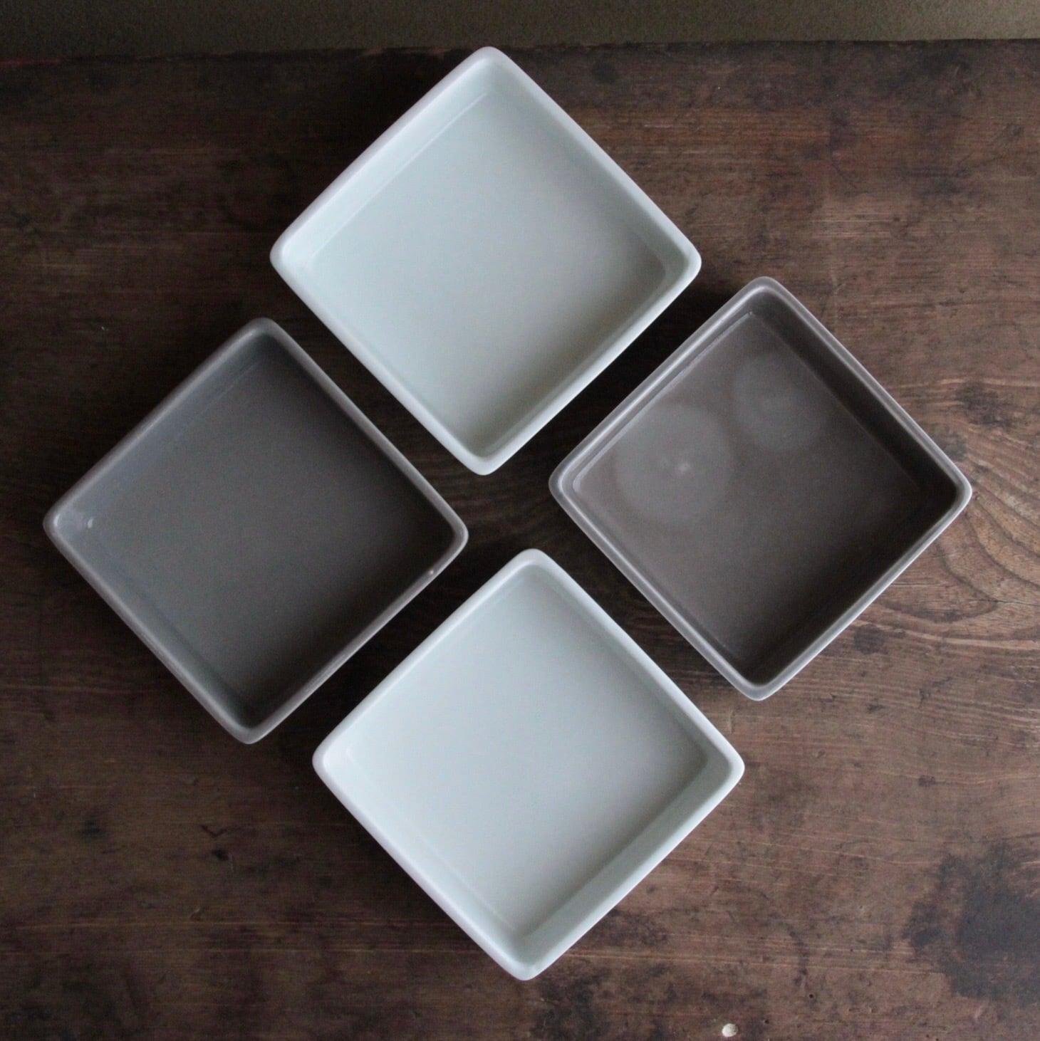 有田焼 モノトーンの重ね小鉢  在庫グレーのみ1枚