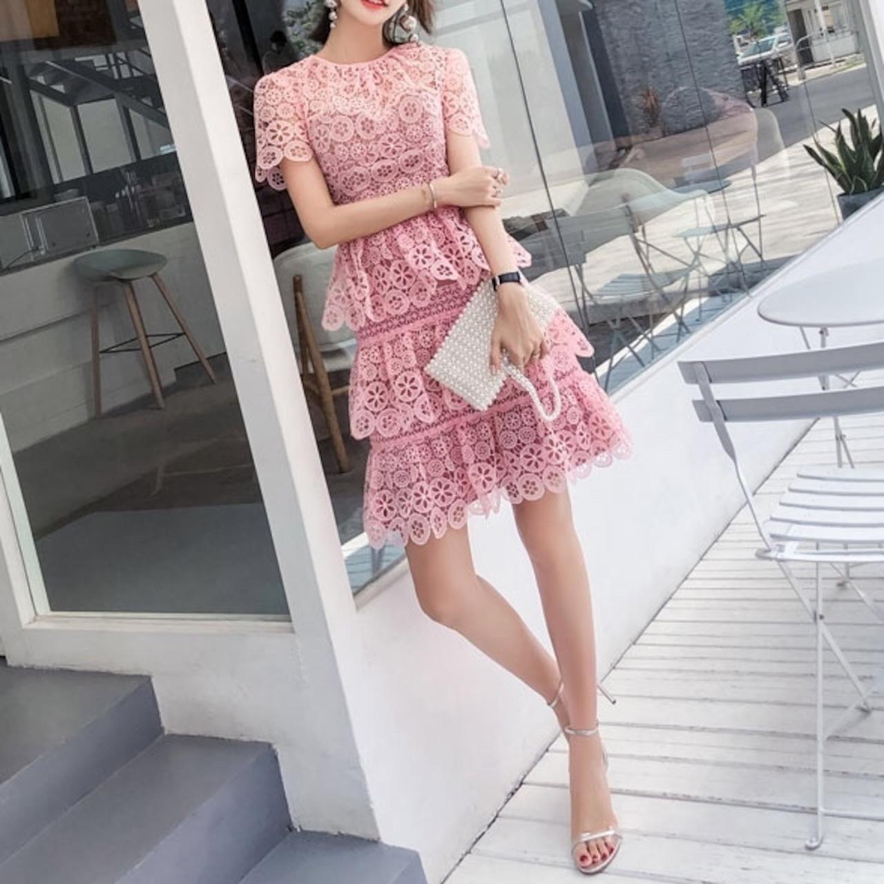 ♡ピンクレースフリルワンピース