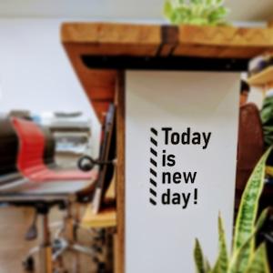 貼れるはがせる!Today is new day.ウォールステッカー