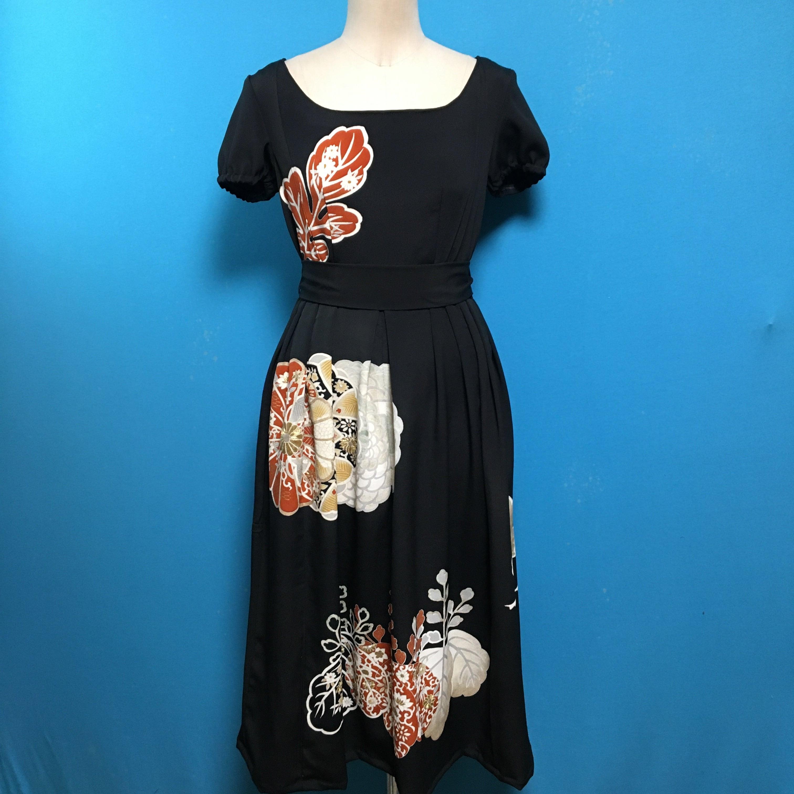 Vintage black dress 古典柄
