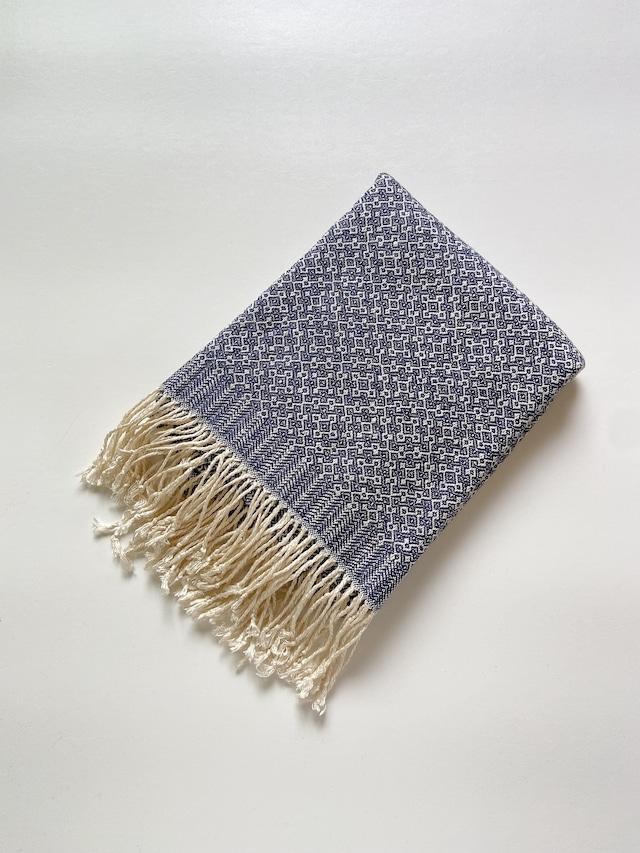【予約番号No.0035 Sai様専用 】Hand-woven scarf / Rocca Navy  手織りシルクのショール 六花ネイビー