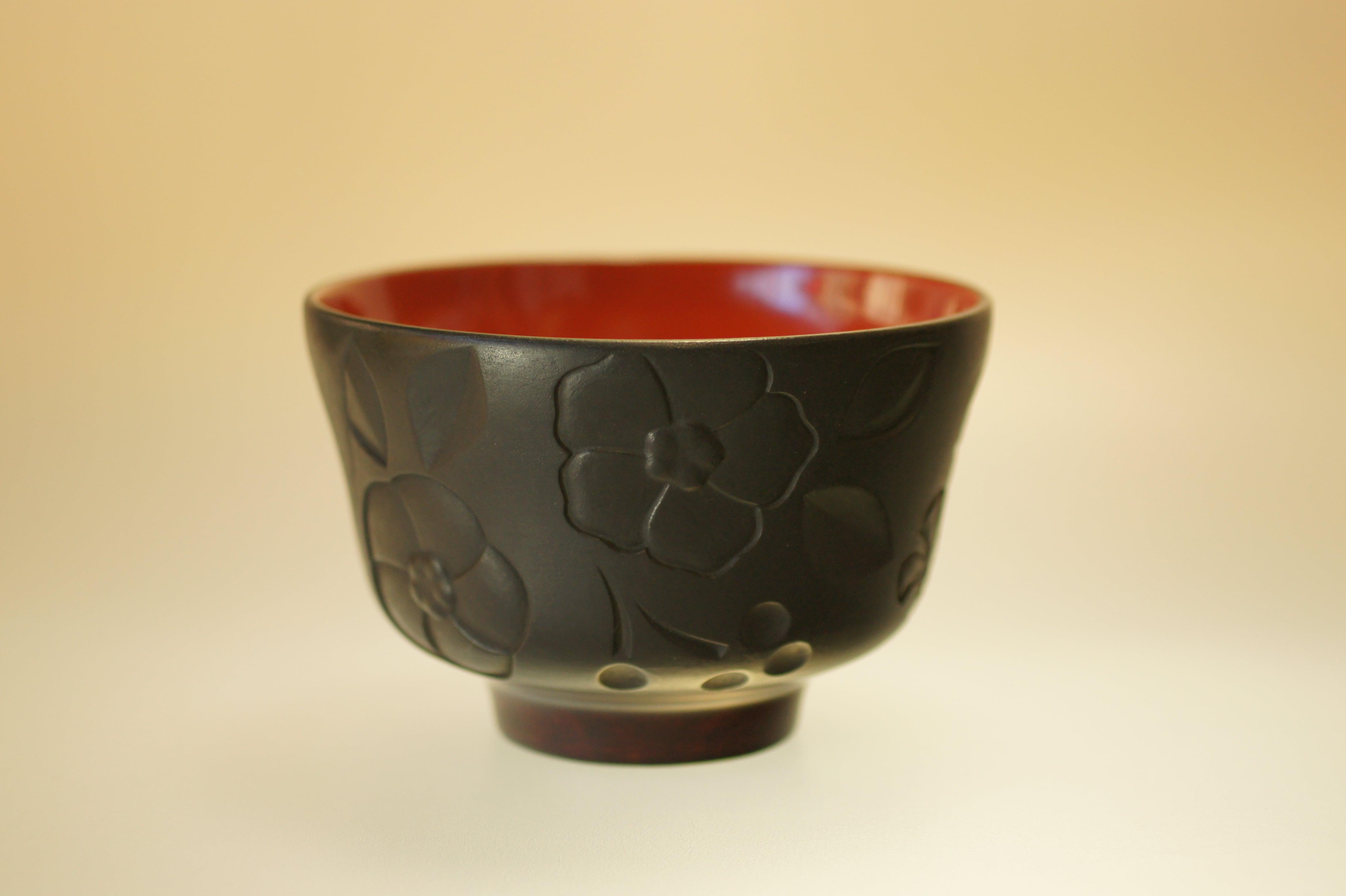 室町古典椿紋彫椀