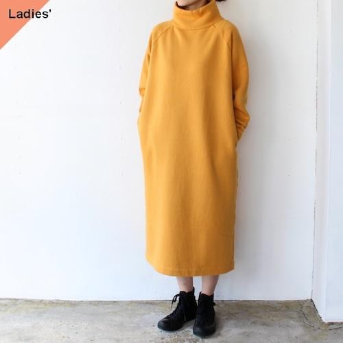 【ラスト1点】siora  裏起毛モックネックスウェットワンピース (Yellow orange)