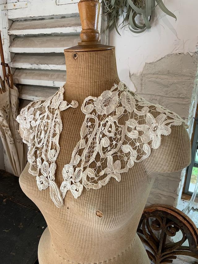 花模様 手編みレース 付け襟 生成りレース衿