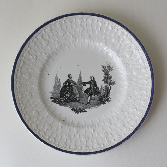 CREIL ET MONTEREAU dessert plate・a / uv0001