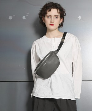 14072800【CONVERSE/コンバース】PU Body Bag/フェイクレザーボディバッグ