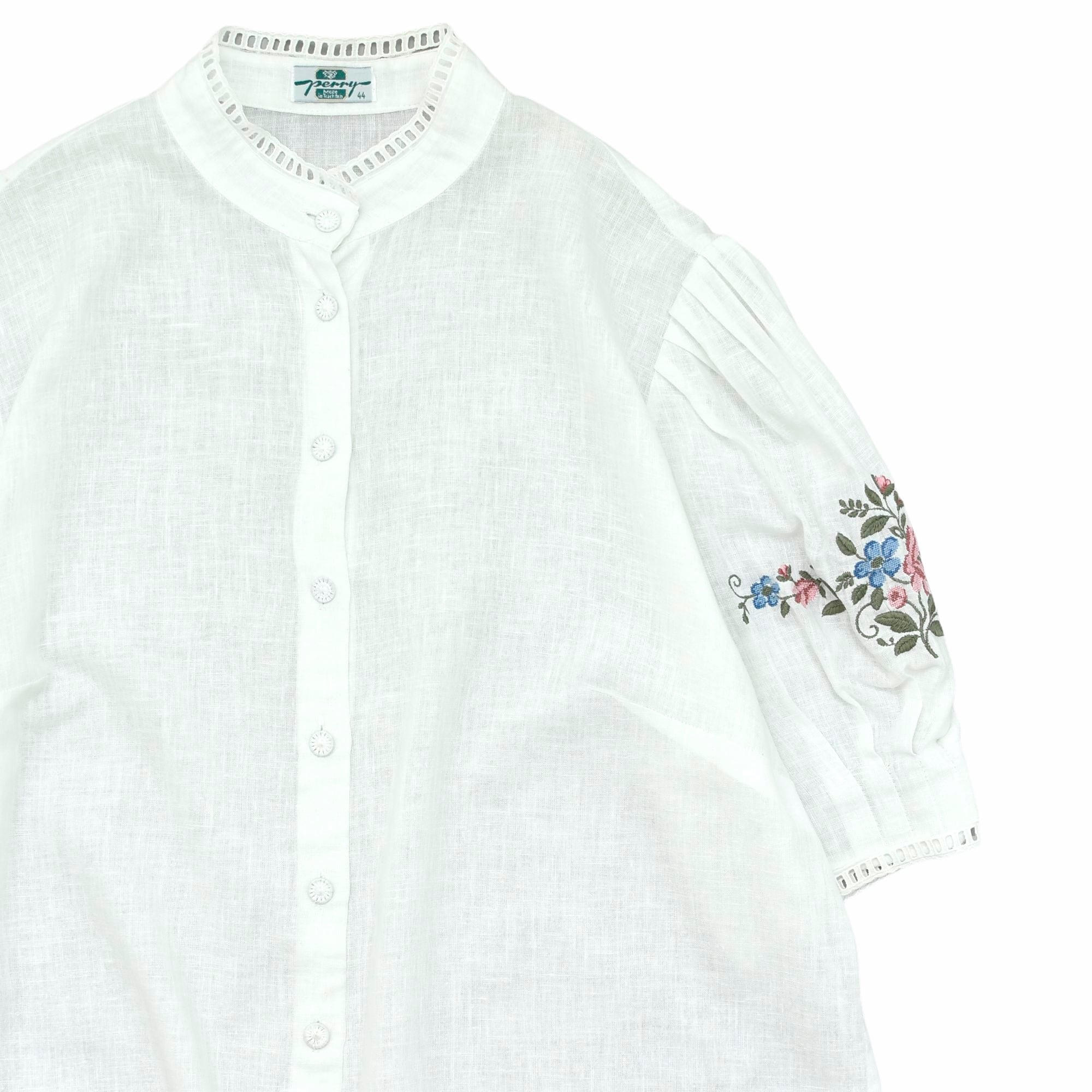 """70〜80s Eur vtg """"perry"""" embroidery blouse"""