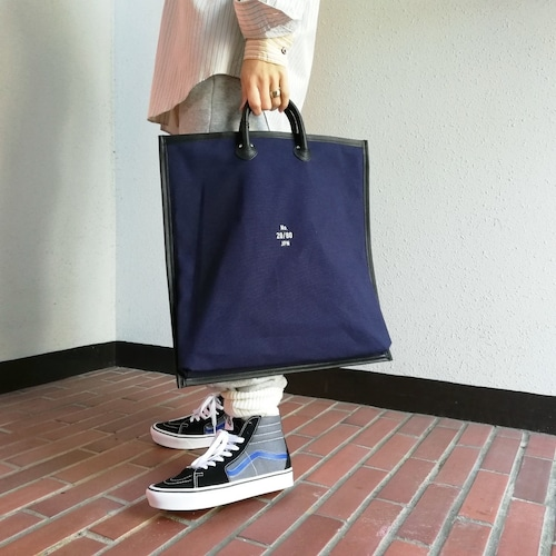 20/80(CANVAS #8 LEATHER FRAME FLAT TOTE)
