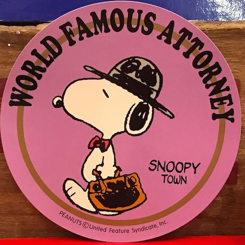 スヌーピー PEANUTS 世界的に有名な弁護士 特大ステッカー 限定品 2000年製。