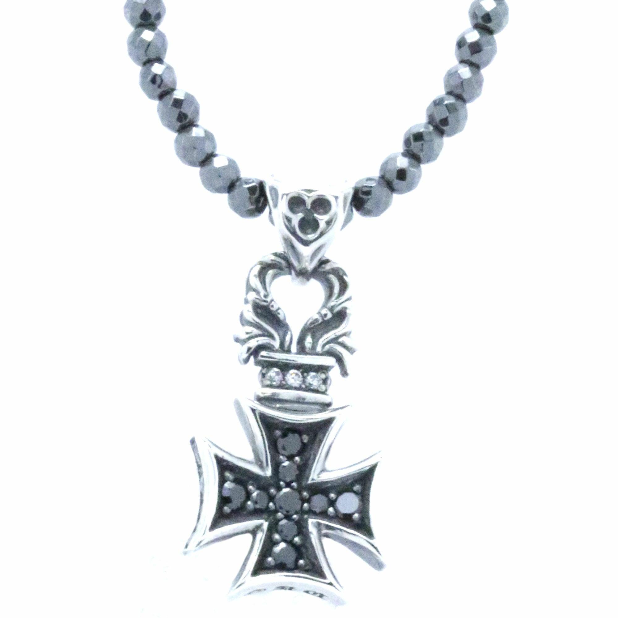 スモールフローラルアイアンクロスペンダント ACP0266 Small floral iron cross pendant
