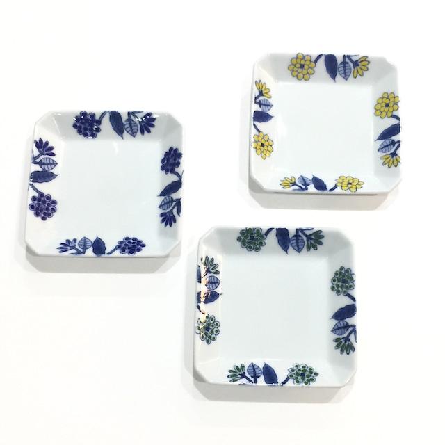 呉須葉釉花  角皿