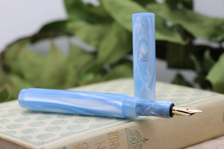 受注制作「Lapis・アイスブルーウィンド 」Viriditas手作り万年筆 14金無垢ペン先