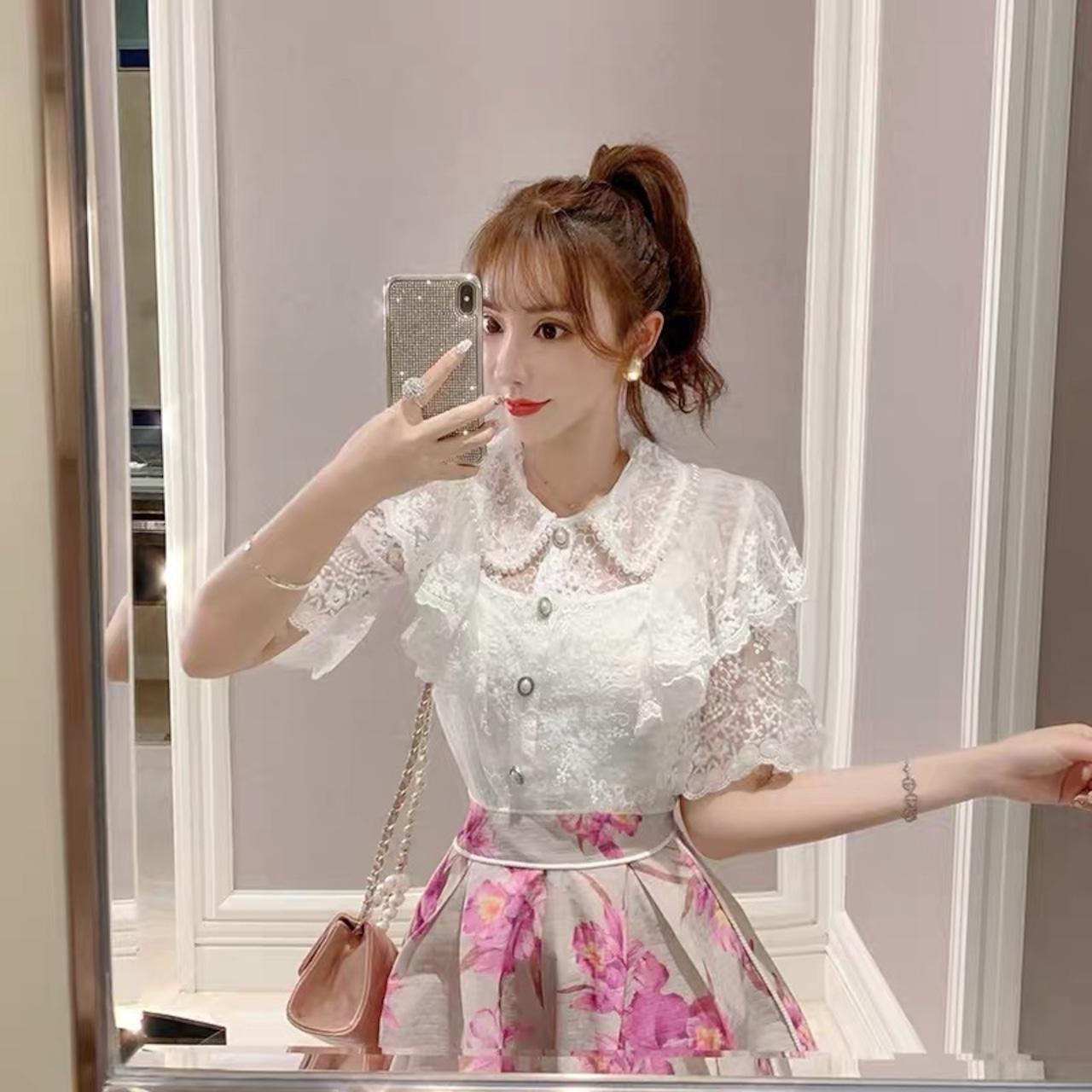 【即納】girly design collar blouse