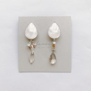 """ Earrings NO.danoan-1-1808″ アシメペイント×天然石"