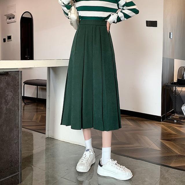 古着が好きなプリーツスカート