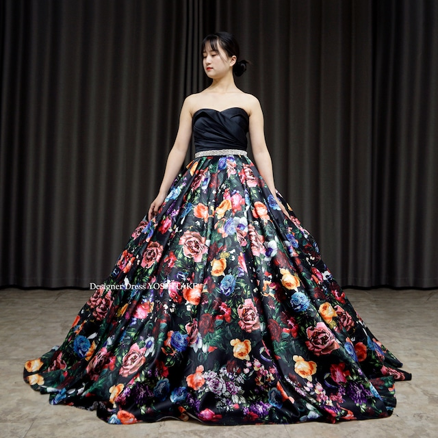 【オーダー制作】ウエディングドレス(パニエ無料) 上半身サテン/スカート花柄 二次会/披露宴 ※制作期間3週間から6週間