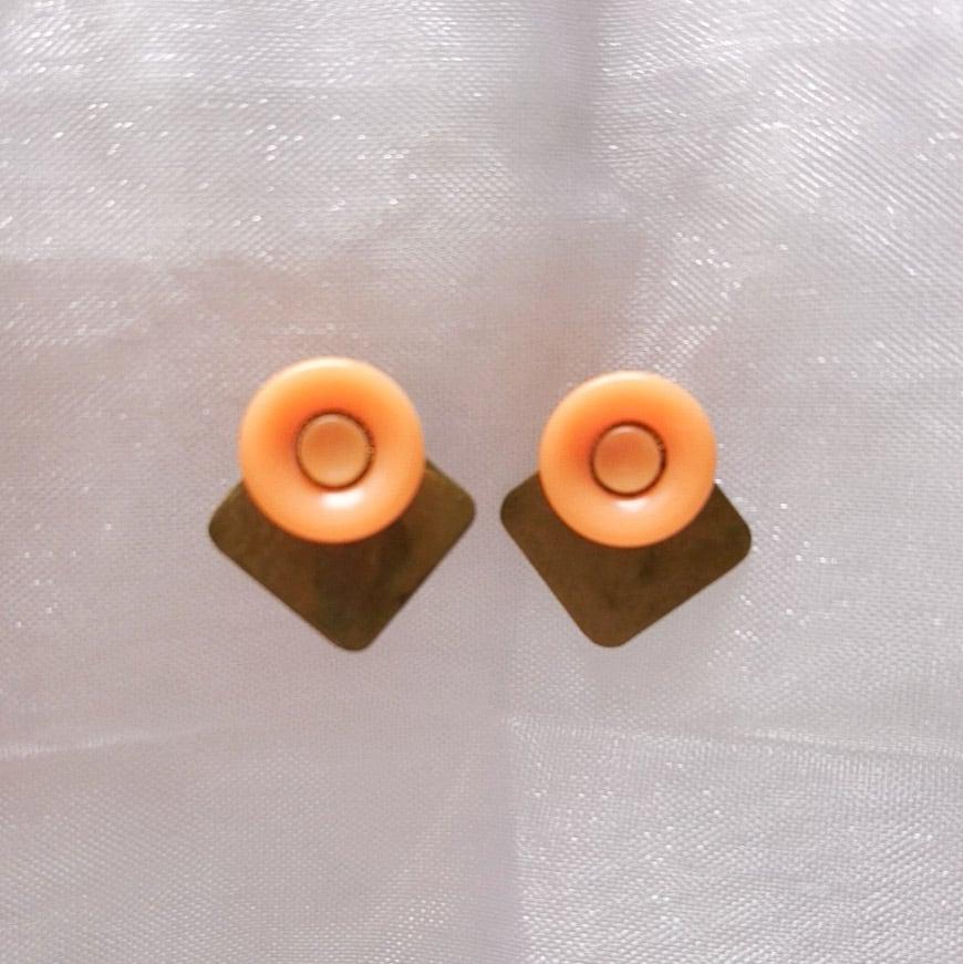 【Chicolatte】アンティークボタン ピアス(サージカルステンレス使用)