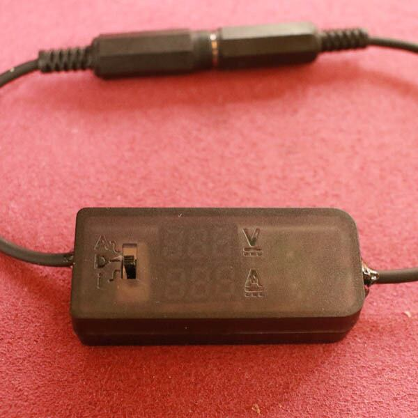 電流・電圧チェッカー DCプラグジャック仕様 3-8V 0-3A[A-5521-3-8VCHK]