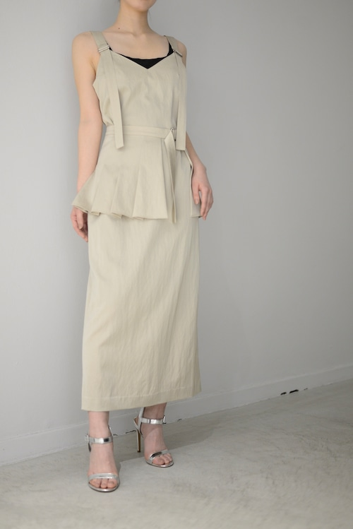 ROOM211 / Grossy Belt Dress (beige)