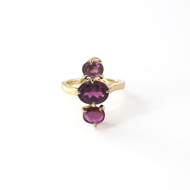 Muse 3 Stones Ring