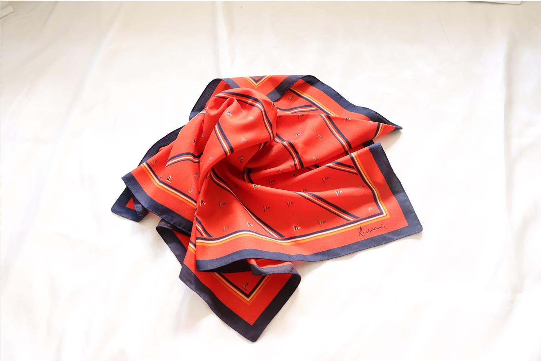 【イタリア】正方形のスカーフ / フラッグ柄
