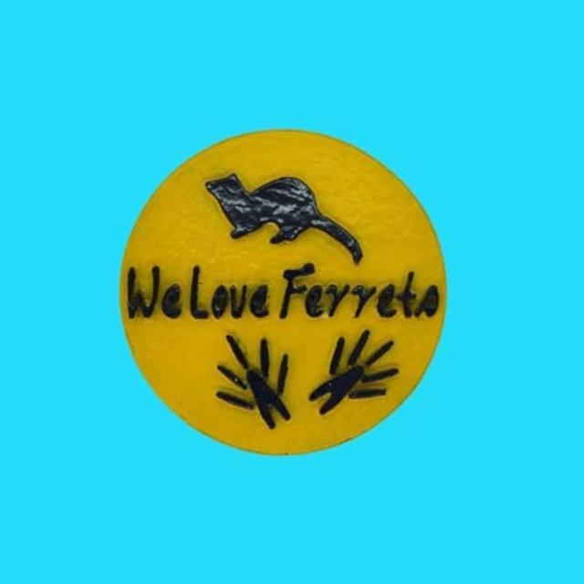 We Love Ferrets マグネットステッカー ⑦ キャスト製(直径80mm)(イエロー・文字:ネイビー)送料込み