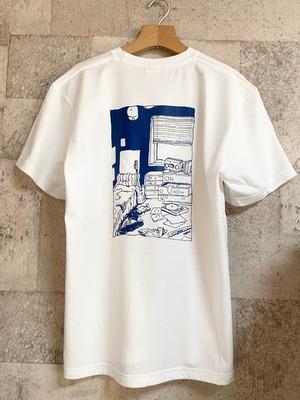 部屋イラスト・バックプリント Tシャツ(濃紺プリント)
