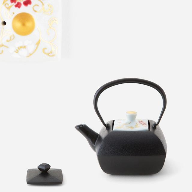 金銀彩薔薇唐草鉄瓶急須(※直火可能) 南部鉄器×清水焼