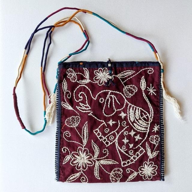 チェンマイ ヤオ族 手刺繍ハンドメイドショルダーバッグ ゾウとさかな