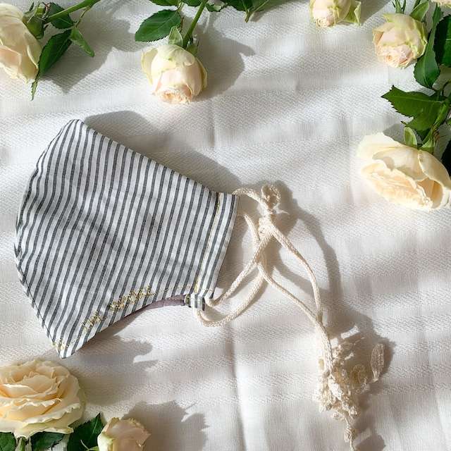 Botanical mask &Botanical soap / Striped Leaves (外側白ストライプ・内側チャコールグレー・紐ホワイト)