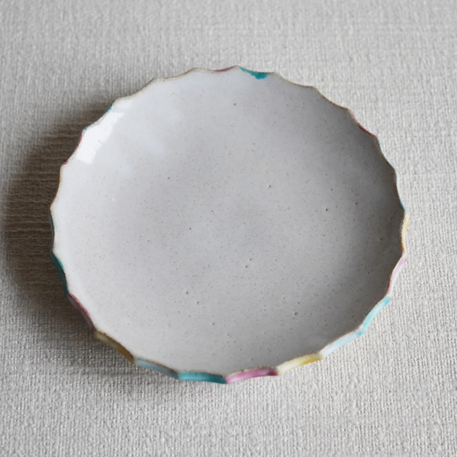 彩色輪花皿 White L